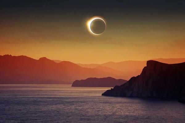 Солнечное затмение фото
